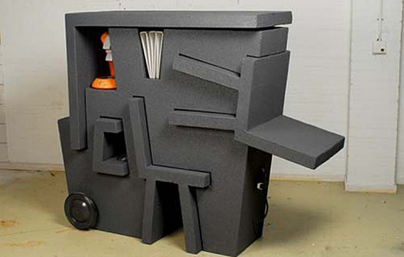 Mobile compact office by Tim Vinke