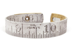 The Ruler Bracelet's Style Measures Up
