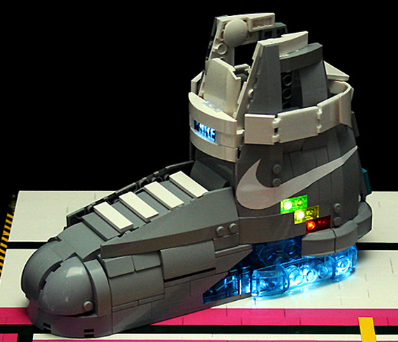 lego-nike-mag-orion-pax.jpg