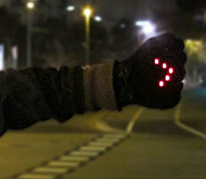 Night Biking Gloves Are A Bright Idea for Bicyclists