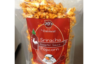 Sriracha Popcorn -- Get In My Mouth!