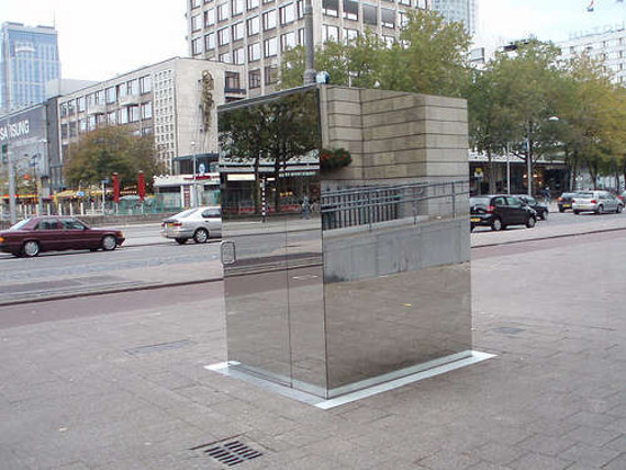 Public Bathroom Made Of 1 Way Mirrors Incredible Things