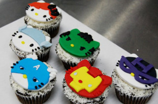 Hello Kitty x The Avengers Cupcakes