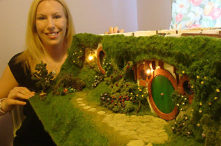 OMG! LOTR Hobbit Dollhouse