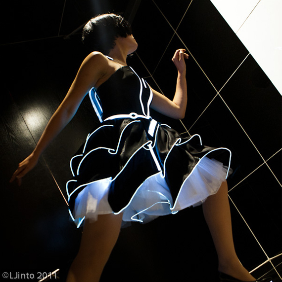 Tron-Inspired-Dress3