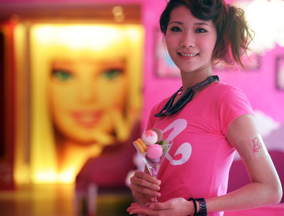 barbie-cafe-5