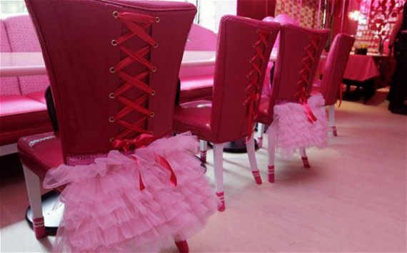 barbie-cafe-7