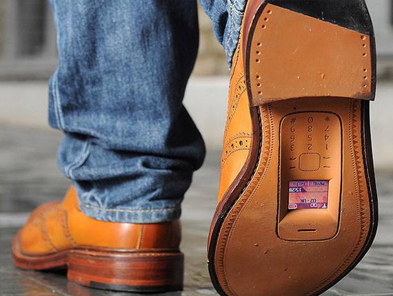 shoe-handsets2