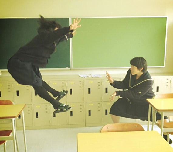 Kamehameha-ing Is The New Planking In Japan