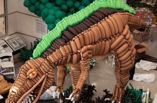 Twenty-Foot Balloon Dino Sculpture