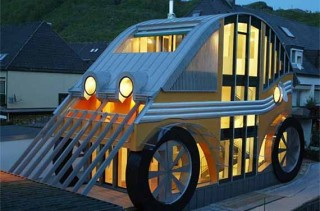 The Car-Shaped House