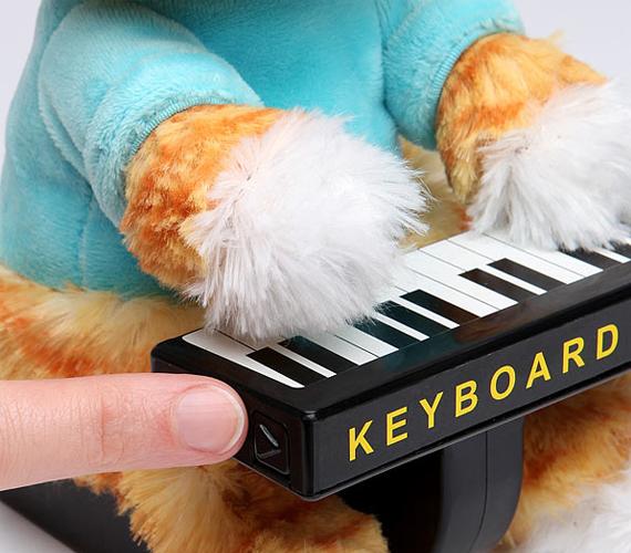 keyboard-cat-plush-2