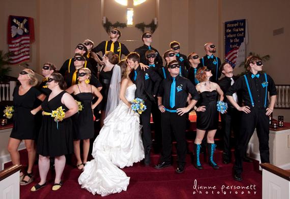 Batgirl-and-Nightwings-Wedding-2