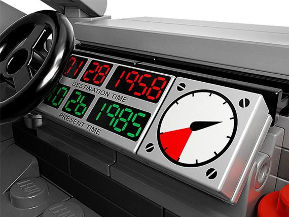 LEGO-Back-to-the-Future-DeLorean-4