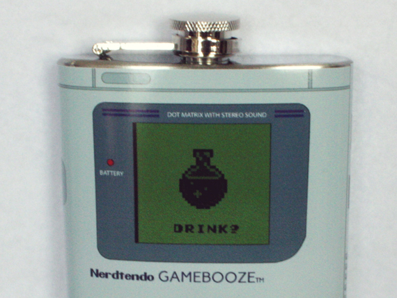 Nintendo-Gameboy-Flask-3
