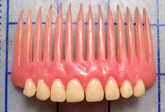 denture-comb-1