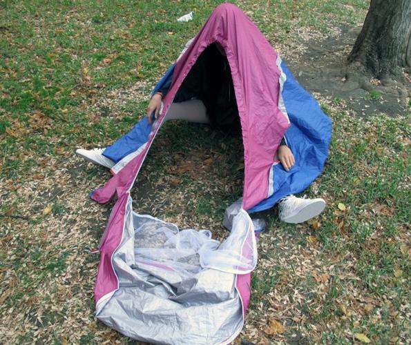 sneaker-tent-3