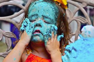 Little Girl Goes HAM On Cookie Monster Cake