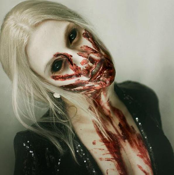 Macabre-Photo-Series-4