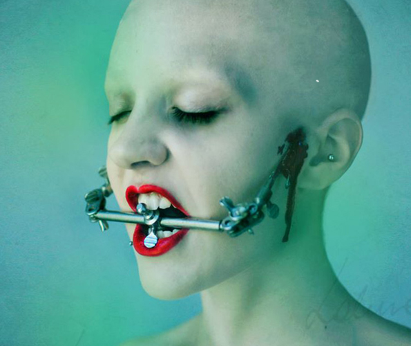 Macabre-Photo-Series-5