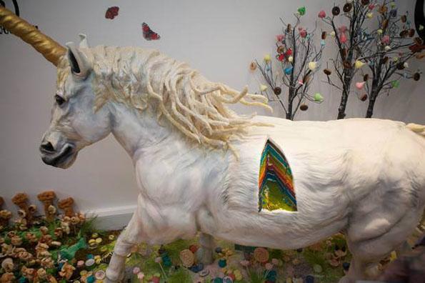life-size-unicorn-cake-4