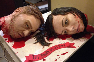 Creepiest Wedding Cake EVAR