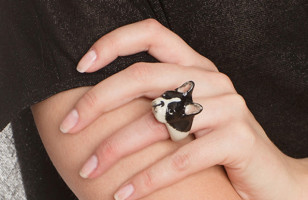 Porcelain Dog Jewelry Celebrates Your Pooch