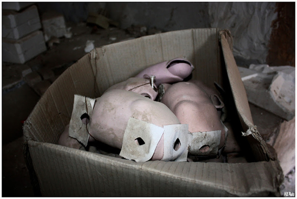 abandoned-toy-factories-10