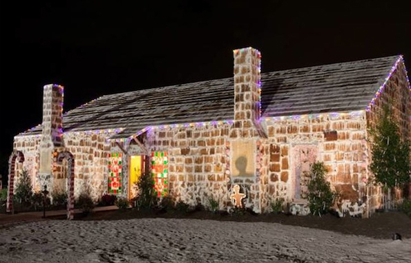 Words-largest-gingerbread-house