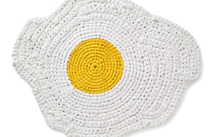 Egg Rug Is Nothing To Yoke About