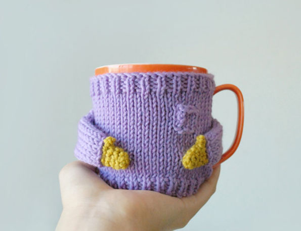 coffee-mug-sweater-2