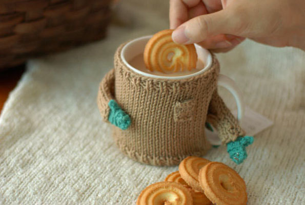 coffee-mug-sweater-5