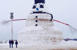 Giant Snowman Is Giant