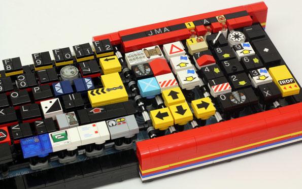 LEGO-keyboard-4