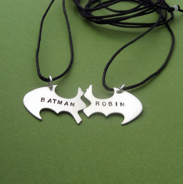 batman-robin-bff-necklaces-2