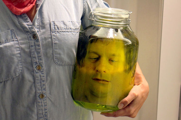 head-in-a-jar-prank-3