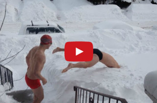 2 Maniacs Go Snow Swimming