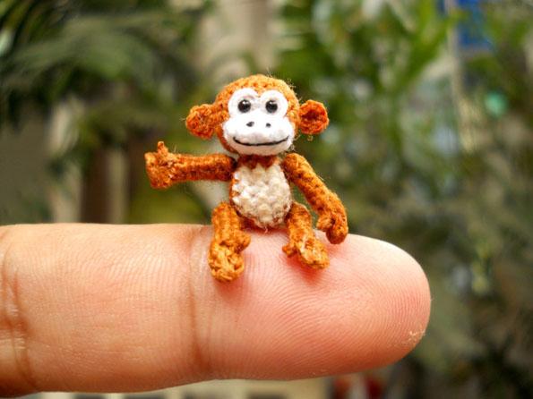 tiny-crotcheted-animals-12