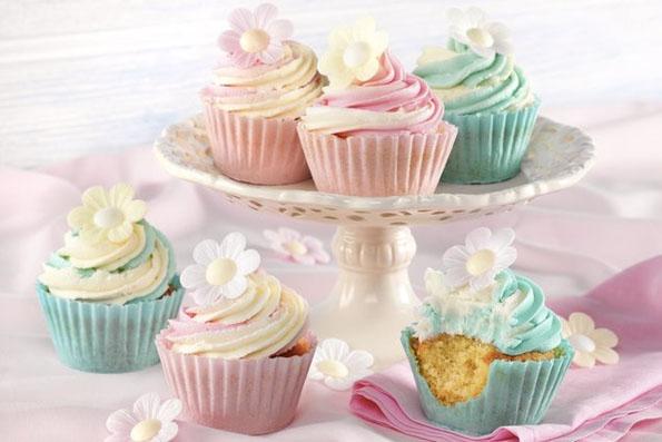 edible-wafer-cupcake-cases-2