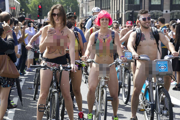 world-naked-bicycle-ride-2