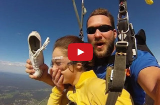 Amazing!: Skydiver's Shoe Flies Off, Then She Catches It