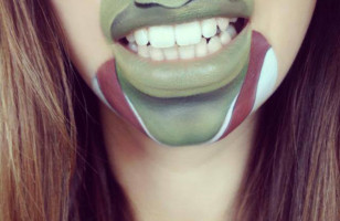 Makeup Artist Paints Cartoon Faces On Her Lips