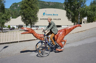 This Dino Bike Is The Only Transprawrtation You Need