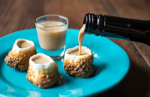 Drink Then Eat These Toasted Marshmallow Shot Glasses