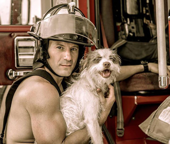 charleston-firefighters-with-puppies-calendar-18