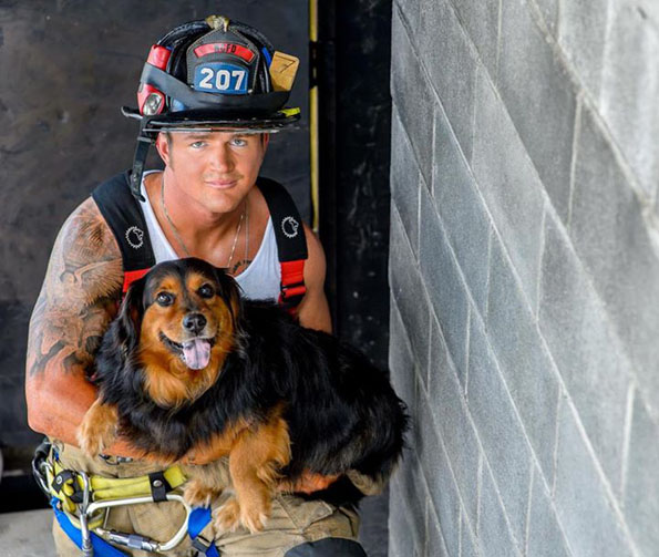 charleston-firefighters-with-puppies-calendar-8