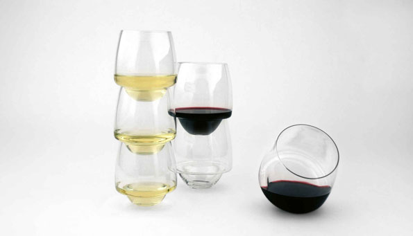 saturn-spill-proof-wine-glass-2