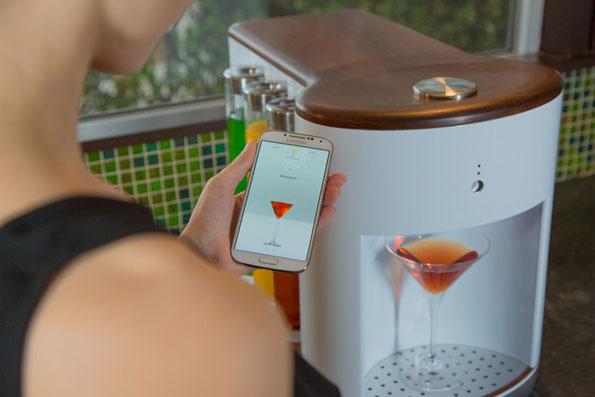 somabar-robot-bartender-1
