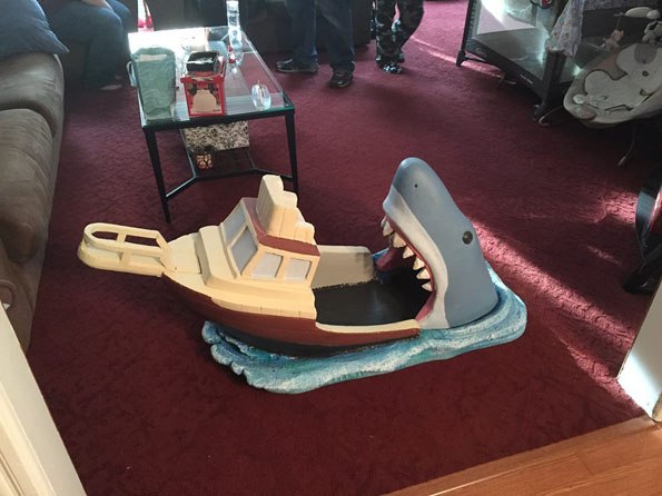 jaws-baby-bed-3