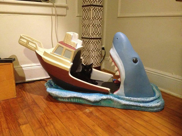 jaws-baby-bed-5